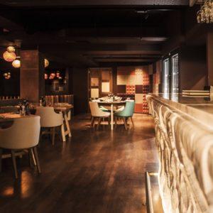 white rock - 1st floor bar